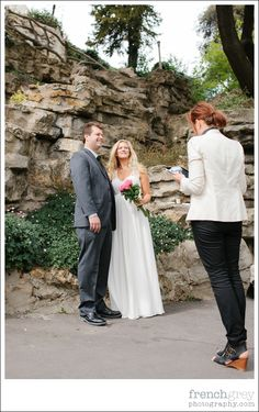 Wedding Celebrant and Officiant in Paris France | French Grey Events | Elopement: Montmartre, Paris. Jessica + Eric