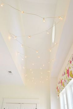 strand of white cafe lights strung up w/white cup hooks (Young House Love) Easy Diy Interior, Decorating Your Home, Diy Home Decor, Diy Decoration, Decorating Ideas, Decorations, Indoor String Lights, String Lights Bedroom, Young House Love