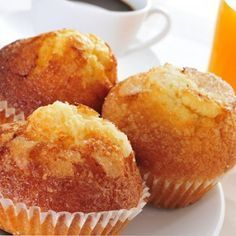 Very Spongy Homemade Cupcakes We teach you to cook easy recipes how to . Mexican Food Recipes, Sweet Recipes, Dessert Recipes, Easy Recipes, Spanish Dishes, Thermomix Desserts, Pan Dulce, Beignets, Sweet Bread