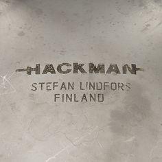 STEFAN LINDFORS, SALAATTIKULHO JA OTTIMET, ruostumatonta terästä, design Stefan Lindfors, Hackman 1900-luvun loppu. - Bukowskis