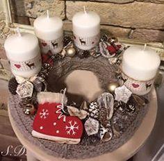 Krisztina Timár fényképe. Advent Wreath Candles, Christmas Advent Wreath, Christmas Table Decorations, Christmas Candles, Winter Christmas, Christmas Time, Advent Wreaths, Diy Weihnachten, Homemade Christmas