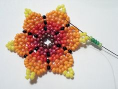 OLYMPUS DIGITAL CAMERA Beading Projects, Beading Tutorials, Embroidery Jewelry, Beaded Embroidery, Beaded Brooch, Beaded Jewelry, Beaded Bracelets Tutorial, Native American Beadwork, How To Make Earrings