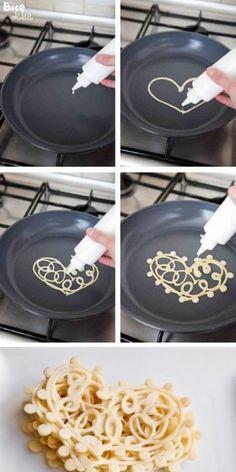 Supergaaf van pancakes beslag!