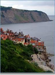 Image result for robin hoods bay South Yorkshire, Yorkshire Dales, Places Around The World, Around The Worlds, British Seaside, British Isles, Robin Hoods Bay, Whitby Abbey, Northern England