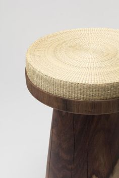 Material container - 2013 : Jeonghwa Seo / Woven rush and solid rosewood Rattan Furniture, Table Furniture, Furniture Design, Outdoor Furniture, Natural Furniture, Contemporary Furniture, Contemporary Design, Bench Stool, Decoration