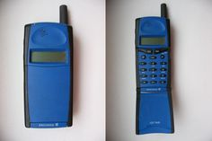 Ericsson GF768 Cell Phone Store, Old Cell Phones, Old Phone, Mobile Phones, Electronics Gadgets, Tech Gadgets, Retro Phone, Vintage Phones, Perfume