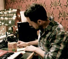 Brandon Flowers. Genius at work)))