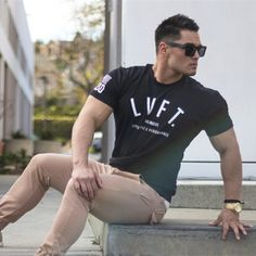 Livefitファッション男性のtシャツ男性クロスフィットトップスtシャツ上昇新しいボディービル筋肉兄弟綿男性フィットcamiseta tシャツ