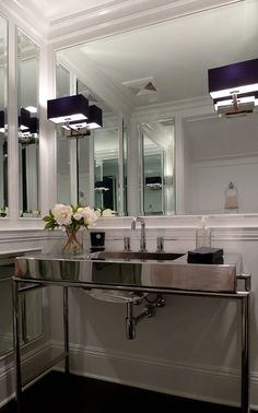 Pacific Palisades powder room, CA. P2 Design.