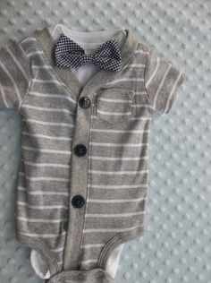 Baby Tait Wedding Gear Cardigan Onesie Gingham Bowtie Onesie Baby by… Baby Outfits, Outfits Niños, Kids Outfits, Newborn Outfits, Baby Boy Fashion, Fashion Kids, Fashion Shoes, Cool Baby, Baby Time