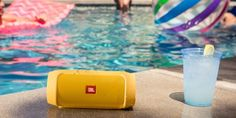 JBL Charge 2+ (yellow)