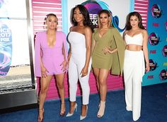 Fifth Harmony channels summer style on the Teen Choice Awards red carpet. Ally Brooke, Fifth Harmony, Teen Choice Awards 2017, Musica Pop, Carpet Styles, Hollywood Life, Hottest Pic, Demi Lovato, Musical