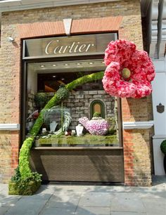 """Chelsea in Bloom"" - event - best floral display 2010: Cartier store"