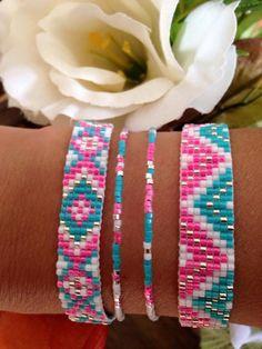 Native Beading Patterns, Beaded Bracelet Patterns, Bead Loom Patterns, Friendship Bracelets Designs, Bracelet Designs, Diy Crafts Jewelry, Bead Crafts, Seed Bead Jewelry, Beaded Jewelry