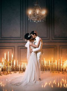 What an amazing photo - love the candles and the backdrop #wedding #gatsby #newlyweds #weddingdecor #firstdance