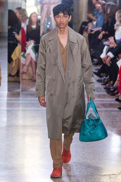 Bottega Veneta Spring 2018 Ready-to-Wear Collection Photos - Vogue