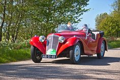 1937 Aero 30 (Czech) with Twin-cylinder Vintage Cars, Antique Cars, Dieselpunk, Car Car, Old Cars, Cars And Motorcycles, Classic Cars, Vehicles, Nice Cars