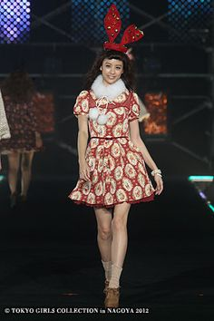 LIZ LISA | Tokyo Girls Collection 2012  ( Japanese Fashion )