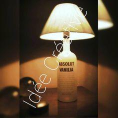 """Abajur de garrafa absolut vanilia... Faça já a sua encomenda!!  #art #toptags #artist @top.tags #artistic #artists #arte #dibujo #myart #artwork…"""