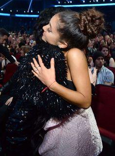 Demi Lovato ✨ Ariana grande