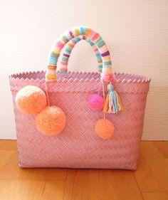 Large hand-woven plastic basket Bali woven plastic bags