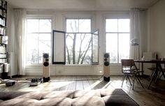 james webb apartment and photo (feat. living voice auditorium speakers) #birchandlittle #quirky #quaint