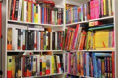 Como toda libreria puedes encargarnos libros, tanto de lectura como escolares, de bolsillo etc.    Pasate por la tienda y mira las novedades.