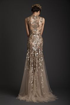 Beige tulle and intricate gold embroidery | Krikor Jabotian
