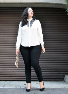 Girl With Curves: Hint of Lace