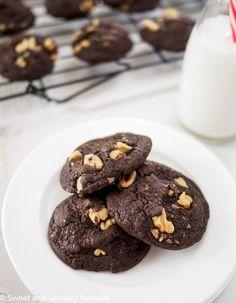 Fudgy Chocolate Walnut Cookies