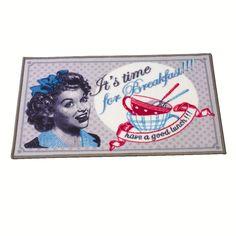 Sympa le tapis vintage ! Une manière originale de protéger le sol !