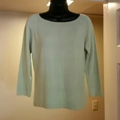 Dana Buchman sweater Lt. Green 3/4 sleeve lightweight sweater Dana Buchman Sweaters