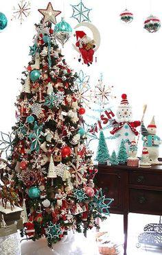 red and aqua christmas tree decor. Beautiful Christmas Trees, Christmas Tree Themes, Noel Christmas, Primitive Christmas, Winter Christmas, Christmas Tree Decorations, Christmas Colors, Whimsical Christmas, Christmas Ornaments