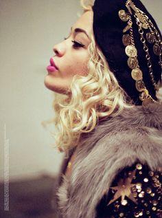 MAP - News – Tyrone Lebon Photographs Rita Ora for V Magazine