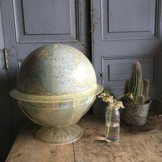 globe terrestre Globes, Maps, Around The Worlds, Bottle Holders, Scoubidou, Blue Prints, Globe, Map, Cards