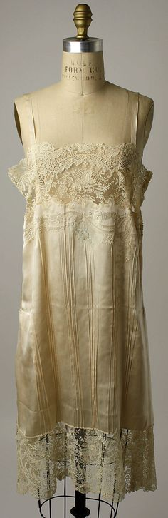 wedding lingerie ~ 1929 • France