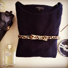The cutest belt EVER and navy! 💙👜⚓️#tomboy #pretty #styleblogger #prada #jomalone #luxe #thewhitecompany #jigsaw #elle #oliviapalermo #vignette