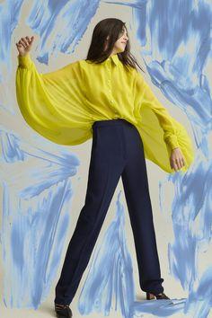 Carolina Herrera Pre-Fall 2019 Fashion Show Collection: See the complete Carolina Herrera Pre-Fall 2019 collection. Look 10 Fall Fashion Trends, Fashion Week, New York Fashion, Runway Fashion, Autumn Fashion, Women's Fashion, Fashion 2018, Fashion Boots, Carolina Herrera