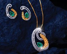 """ANIA""- Light Weight Gold & Diamond Jewellery Collection at Reliance Jewels. Elegant ‪#‎Pendant‬ Sets where stones embellished on ornate along with marvellous motifs amid traditional designs apt for Every Day & Work Wear. The collection has many provocations for you to effortlessly flaunt your charm!!!! Locate your nearest showroom here: http://storelocator.ril.com/jewels/  #Reliance #RelianceJewels #Jewels #Jewellery #BeTheMoment #Moment"