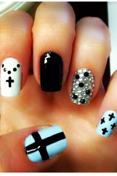 Cute White black and blue nails