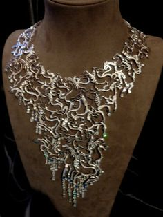 "Collier ""Les mille chevaux courent"" de Jean Boggio pour TTF Big Jewelry, Jewellery, Mille, Jewels, Chain, Kimono, Fashion, Necklaces, Artists"