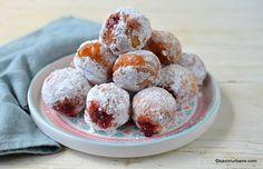 Gogoși umplute cu gem sau cremă de vanilie, ciocolată - foarte pufoase. Cum se fac gogoșile de casă cu gem de caise, zmeură? Rețeta de gogoși Beignets, Strudel, Sweet Cakes, Dessert Recipes, Desserts, Food To Make, Goodies, Easy Meals, Sweets