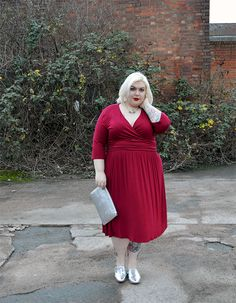 PLUS SIZE FASHION - Amy Dress in Red from Monroe Knows UK - More photos and outfit links at www.sugar-darling.com
