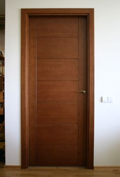 Faneruotos eko durys - November 09 2019 at Flush Door Design, Door Gate Design, Bedroom Door Design, Interior Door Styles, Interior Doors For Sale, Door Design Interior, Wooden Front Door Design, Wooden Front Doors, Wood Doors