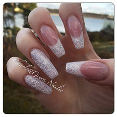 #nails #naglar #nailart #nailpro #nailporn #nailswag #nailtech #nagelgodis #nailaddict #nailaholic #nageldesign #nailprodigy #nagelteknolog #nagelterapeut #nagelförlängning #gel #gele #gelnails #gelenaglar #glitternails #stenungsund #studiowest #stenungstorg #french #fransk #manikyr #nailie
