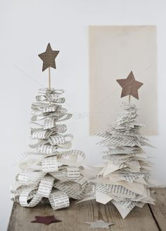 ☆quick, easy Christmas trees from old book pages.
