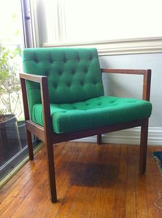Kelly green chair is so beautiful!