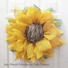 Sunflower Wreath Tutorial http://grillo-designs.com/julies-sunflower-wreath/