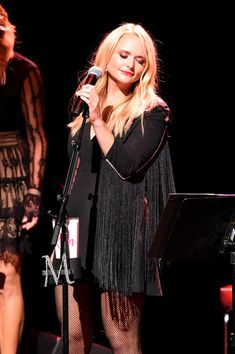 Miranda Lambert Photos Photos: Miranda Lambert Kicks off Her Sold Out Residency At The Country Music Hall Of Fame And Museum Country Girls, Country Music, Maranda Lambert, Miranda Lambert Photos, Country Female Singers, Taylor Swift Hot, Boss Lady, Pretty Woman, My Girl