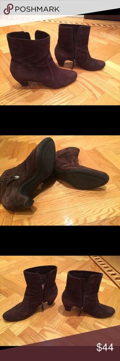 Sam Edelman Brown Suede booties size 10 Sam Edelman Brown Suede Booties size 10. Good condition shows some wear on the inside. Very comfortable low heel. Sam Edelman Shoes Ankle Boots & Booties